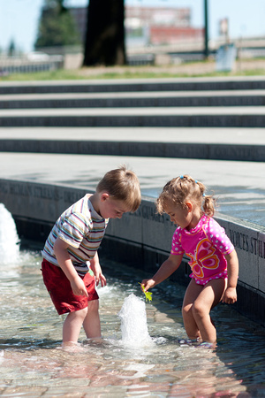 A photograph taken at Bill Naito Legacy Fountain